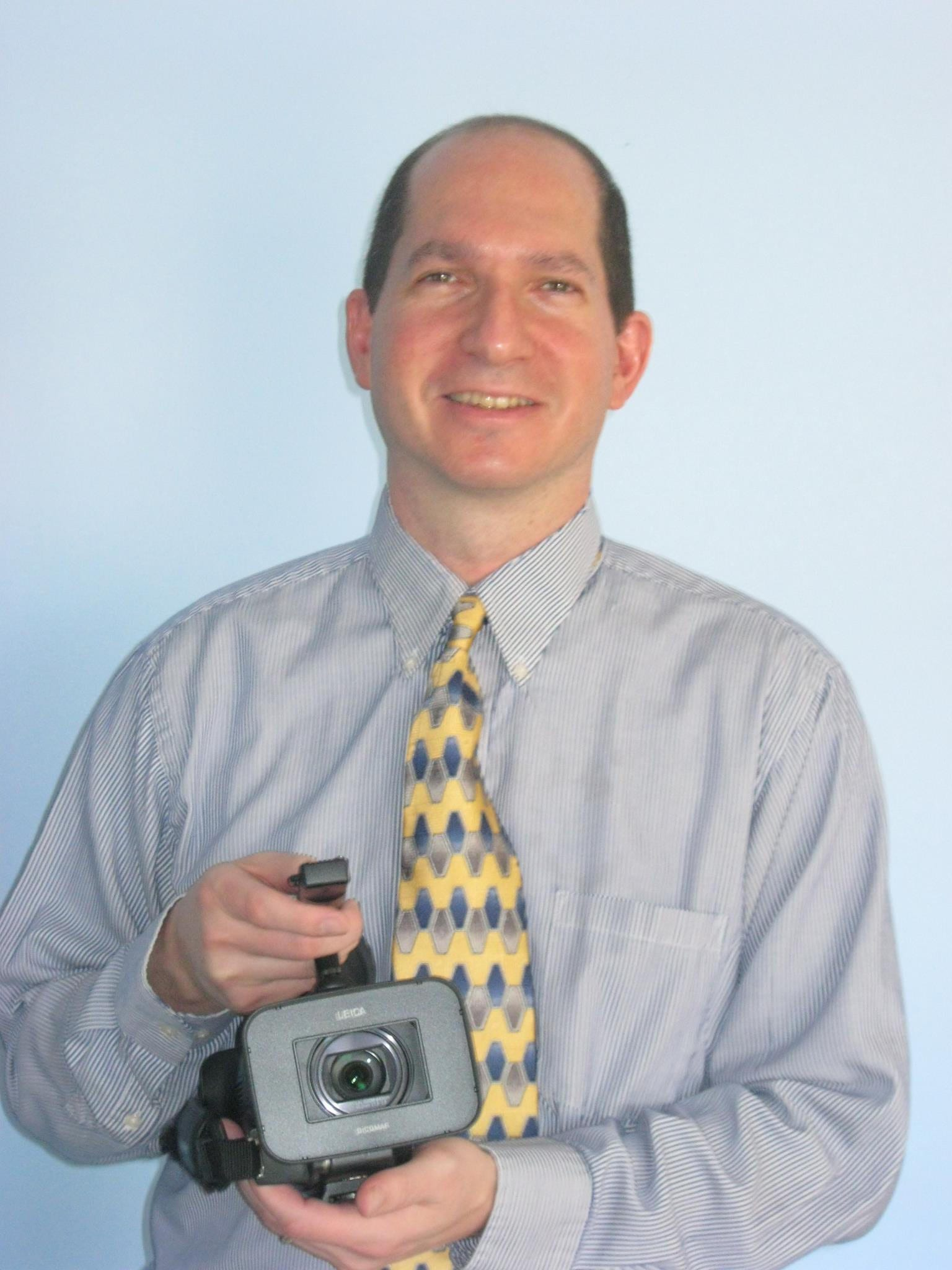Andy Kershenblatt has owned and operated ExtraStep Films for over 25 years.